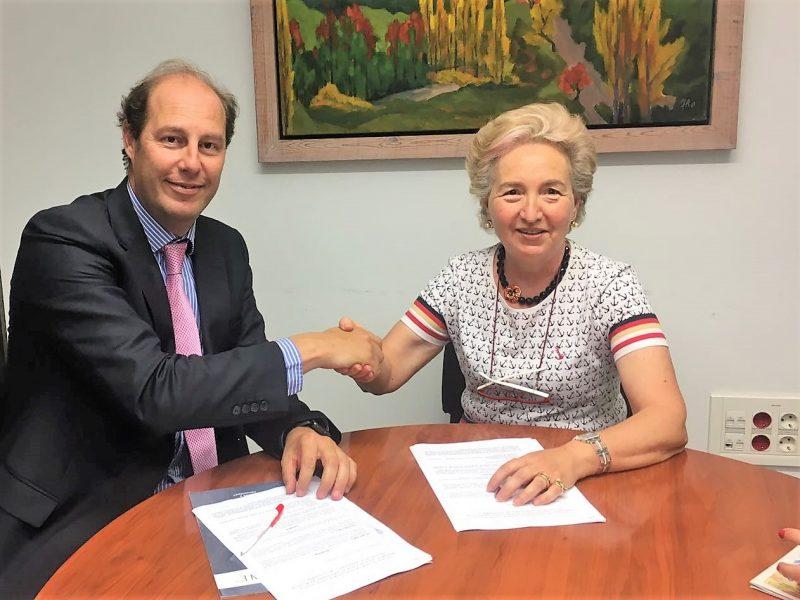 TACTIO firma acuerdo con empresarias de Tarragona